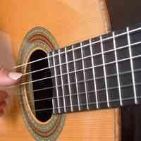 آموزش خصوصی گیتار + آواز پاپ