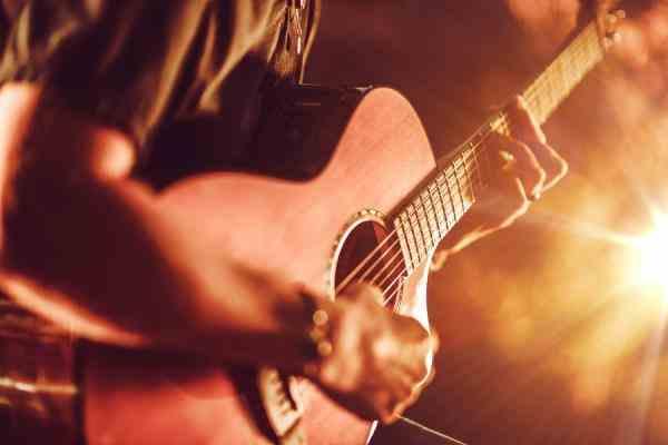 آموزش گیتار روان و ساده