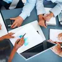 ارائه راهکارهای حسابداری و مدیریت مالی