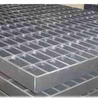 گریتینگ و پله فلزی صنایع دژ آهن پارسه