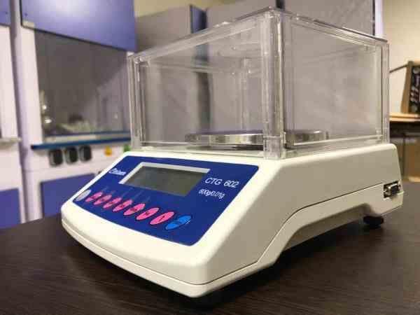 تجهیزات آزمایشگاهی لقمان پژوهش