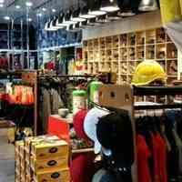 لباس کار خادم عرضه لباس کار تمامی مشاغل اداری و صنعتی