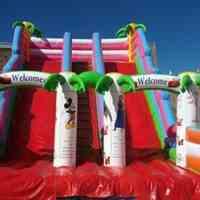 فروش انواع قلعه بادی کودک و قصر های بادی خانگی مناسب برای خانه کودک و شهربازی