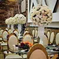 دیزاین شمعدانی و ظرف میوه و شیرینی و گلدان تالار