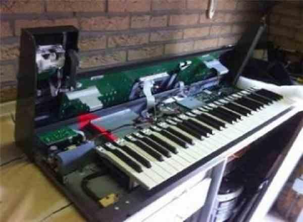 نماینده رسمی و مرکزی تعمیر  کیبورد (ارگ ) پیانو دیجیتال