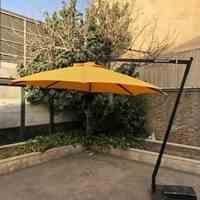 چتر پایه کنار