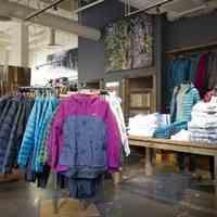 فروش عمده لباس اوتلت اروپایی ویژه عید فروشگاه ها
