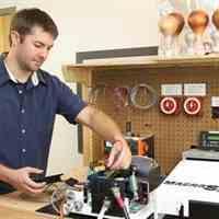 تعمیر انواع درایو موتور و اینورترهای صنعتی