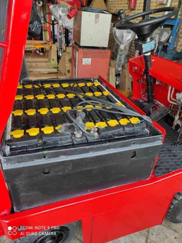 باتری و شارژر لیفتراک برقی