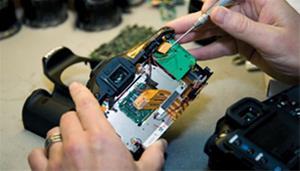 تعمیرات انواع دوربین ، لنز و فلاش چتر در مازندران